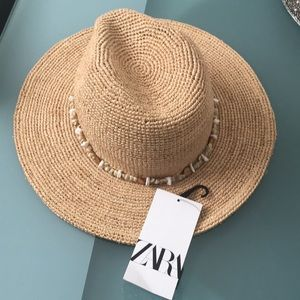 New with Tags Zara Straw Hat Size Small